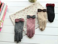 Wholesale 2014 New fashion Women mitten bowknot cashmere wool gloves