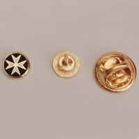 Wholesale 1pcs Cute mmX7mm Gold Tone Masonic Freemasonary Free Masons Maltese Cross Lapel Pin Badge