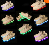 Wholesale Fashion men women lighted shoes flash luminous light up usb charge colors LED light up sneakers for adults