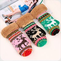 Wholesale Winter Christmas Fawn Knitted Gloves Women Crochet Gloves Mittens Girls Deer Pattern Warm Mittens Colors Faux Fur