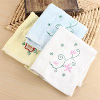 Wholesale 1Pcs Lovely Flower Pattern Baby Face Washer Hand Towels Cotton Wipe Wash Cloth Comfortable Baby Towel