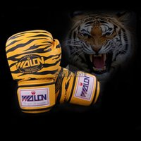 Wholesale Luxury oz Tiger Printed Pattern Professional Boxing Gloves MMA Muay Thai Kick Boxing Training Punching Gloves Boxeo W8547