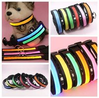 Wholesale DHL LED Pet Dog Collars Leashes Night Light Up Flashing Glow Training Cat Dog Collar Adjustable Electric Nylon Material Waterproof Factory