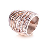 Wholesale Luxury Shinny With Side Stones Vintage Wedding Rings Bridal Jewelry Rose Gold Stainless Steel CZ Ring for Women R00030
