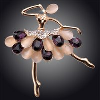 agate brooches - 2014 Gold Crystal Agate Figure K Gold Plated Austrian Crystal Brooches Pin For Women Fashion Jewelry