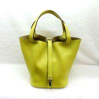 Wholesale luxury brand new women lady tote handbag designer lock fashion shoulder bag Women s Handbag genuine Leather Shoulder Bags Messenger Bag
