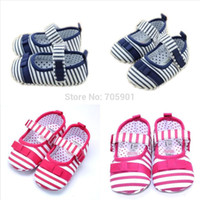 2014 New Fashion Baby Shoes 2 Color Hook & Loop Soft Sole Skid Proof