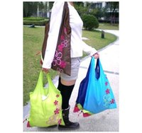 Wholesale Shopping bag Strawberry Folding shopping bag Convenient to carry Can be used multiple times multicolor Random