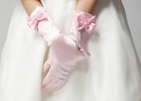 Wholesale Children Girls Accessories Girls Finger Gloves Childs Pearl Flower Bowknot Mittens Kids Wedding Accessories Beige Pink White Black Red M1741