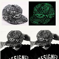 Wholesale New Fashion In The Dark Glowing Baseball Cap Party Hat Fluorescent Snap Back Men Women Casual Hip Hop Night Caps