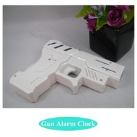 Wholesale Novelty Gun Alarm Clock LCD Laser Gun Shooting Target Wake UP Alarm Desk Clock Gadget Fun Toy Gun Alarm Clock A2