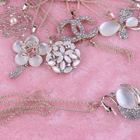 ruby diamond necklace - Four Leaf Clover Swarovski Diamond CC Necklace PearlStainless Steel Metal Chain Jewelry Cat s Eye Pendant Jewelery Necklaces Christmas