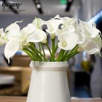 Купить Белые каллы-20pcs PU белый Калла Люкс Свадебные букеты из латекса Real сенсорный Калла цветок лилии для дома Свадьба Centerpieces украшения