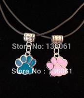 Мода Vintage ЭМАЛЬ ЖИВОТНЫХ CAT DOG PAW PRINT PINK СИНИЙ Шарм Подвески кожа ожерелье ювелирных изделий DIY Свободная перевозка груза 10pcs P339