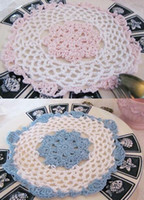 Wholesale 2 colors cotton hand made Shaped Round crochet doily lace cup mat vase mat coaster table mat