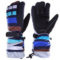 Wholesale High Quality Waterproof Windproof Winter Ski Gloves Snow Skateboard Hiking Snowboard Snowmobile Gloves Winter Outdoor Equipment
