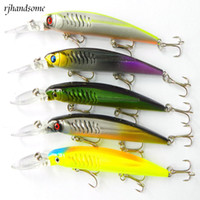 Wholesale New three hooks Minnow muskie Casting bait mm g Dving M crank sea bait Pike fishing Lure