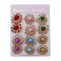 Wholesale New retro fashion alloy brooch exquisite clothing accessories wild hot models a pack