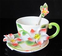 Gros-220ml Livraison gratuite Bone China Céramique Coupe potable européenne émail Creative tasse de thé Franc belle fleur peinture Mode Set