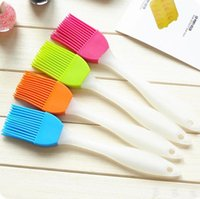 Wholesale High Quality new Silicone Basting Cooking Pastry Brush Kitchen Heat Resistance Silicone BBQ Brush Portable Kitchen Brushes