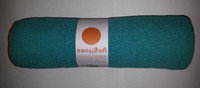 Wholesale Yogitoes skidless yoga towels silicone nubs yoga mat towel TURQUOISE quot x68 quot Brand New