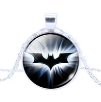 Wholesale Hot Sale Vintage Style Hero Necklaces Pendants Silver plated Batman Charms Fashion Movie Jewelry For Man Woman Christmas Gift FreeShipping