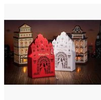 Cheap Wedding day Red white candy box wedding supplies creative European candy boxes hollowed out bride groom wedding Castle Favor Holders