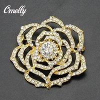 Wholesale Luxury Vintage Gold Filled Flower Brooch Pin Crystal Rhinestone Brooch Flower Bridal Brooch Pins Cluster Wedding Dress Brooches