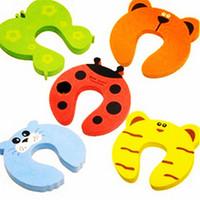 baby gates - Children s Safety Accessorie cartoon baby infant safety gate safety gates child safety products door lock pic