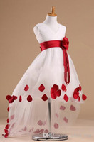 Girl Beads Taffeta 2017 Latest Desinger Style Flower Girl Dresses Patterns in V-neck Sleeveless High Low Rose Sash White Flower Girl Dress With Red Petals