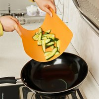 Wholesale Chopping Block Cutting Board Antibiotic Kitchen Utensils Chopping Fruit Chopping Board