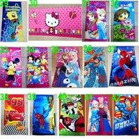 100 TOPB4570 86 colores niños 60 * 120cm toallas impresas playa puntada Pooh barbie thomas toalla de baño cuarto de baño de algodón minnie Las toallas Avengers