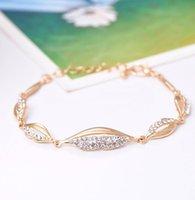 Ordre minimum est $ 9 Été nouvelle arrivée de mode or plaqué anneau de main avancée bijoux en incrustation de cristal