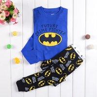 venda por atacado pyjama-Boy Batman Pijama 2015 novas crianças de algodão pijamas de manga comprida + calças 2 Piece Ternos B001