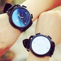 amazing sports wristwatch - Top Quality Lover Couples Blue Ray Sport Analog Quartz Wristwatch Amazing Big Dial Leather Strap Watch Unisex Women Men S28