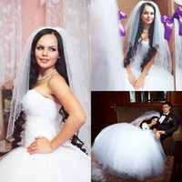 wedding grown dress - 2015 Vintage Wedding Dresses Sleeveless Pleated Ball Grown Tulle Strapless Chapel Train Popular Design Bridal Grown Dresses Real Image