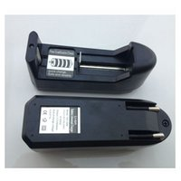 Wholesale EU US plug V Battery Charger Universal Charger for Rechargeable Li ion Battery