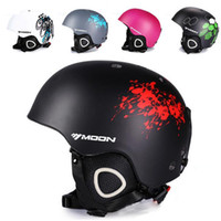 Cheap New Winter Ski Helmet Ultralight Integrally-Molded Professional Snowboard Helmet Men And Women Skating Skateboard Helmet Multi Color