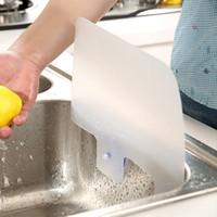 (2 pedazos / porción) Creative Novedades para la cocina anexa Sucker Proteja Splash Water Pool Impermeable Deflector Plate Lave los platos Uso