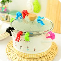 Wholesale Little Man Raising Pot Cover Silicone Spill proof Anti overflowing Tools Cell Phone Holder Cooking Tools DP873156
