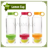 Wholesale New Citrus Zinger Lemon Cup Fruit Infusion Water Bottles With Citrus Juicer With Retail Box