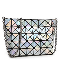 Wholesale Fashion Fold Over Bag Women Messenger Bag e Bao Bao Geometry Handbag Diamond Lattice Chain Shopping Bag