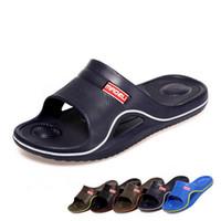 Transpirables zapatillas para hombre Baratos-Zapatillas Masaje nuevo Mens impermeable y antideslizante baño caliente Zapatilla hombre Zapatilla transpirable y Malestar de la buena calidad