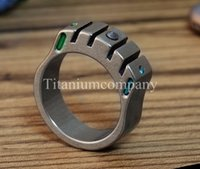 Wholesale Titanium TC4 Ring with Cusp Tungsten Tritium Gas Tube year self luminous One finger Knuckle Duster Emergencey Hammer Pendant g