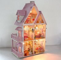 Wholesale hot sale Assembling DIY Miniature Model Kit Wooden Doll House Unique Big Size House Toy Furnitures For brazil Christmas Gift