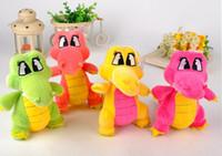 al por mayor cocodrilo juguetes-El más nuevo estilo colorido pequeño cocodrilo de peluche de juguete muñeca 20cm juguetes encantadores regalos de juguetes de los niños regalo de cumpleaños de felpa yzs168