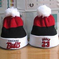 achat en gros de les femmes de gros beanie chapeaux-Gros-2015 d'hiver de Chicago coton Bonnets Cap Gorros broderie Bulls Bonnet Pour Hommes Femmes Casual chaudes Bulls Knit Cap chapeaux de laine