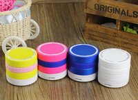 Wholesale Portable Mini Speaker with Mic Wireless Bluetooth Speaker Fashion Rechargeable Wireless Sspeaker BT EDR TF for Phone Mp3 PC