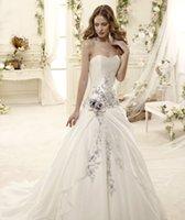 al por mayor diseños de bordado-Modernos 2015 más reciente diseño de Una línea de vestidos de boda elegante bordado sin tirantes sexy sin respaldo tribunal tren de la iglesia vestidos de novia