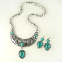 Wholesale New Fashion Resin Teardrop Jewelry Set For Women Silver Plated Chain Romantic Resin Teardrop Clavicle Necklace And Charm Earring Sets S0018